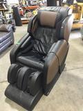 Brookstone Renew Massage Chair