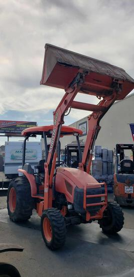 Kubota M59 Loader with Gannon Box and Ripper Shanks