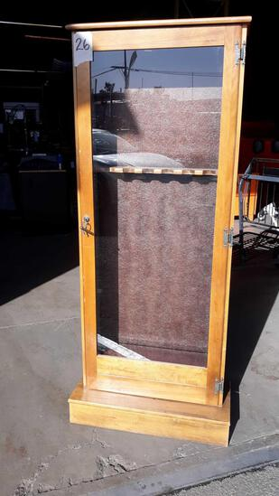 5ft Wood (6) Rifle Case with Glass Door and Key