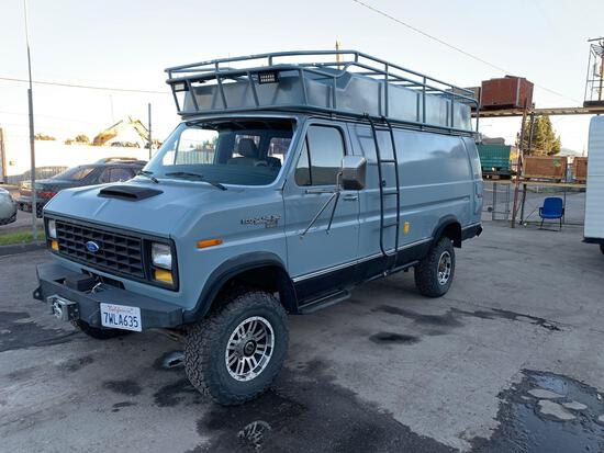 1989 Ford Econoline E-350 4x4 Super Trak Van with R/V Conversion**VEHICLE WAS DRIVEN TO FISCHER LOT*