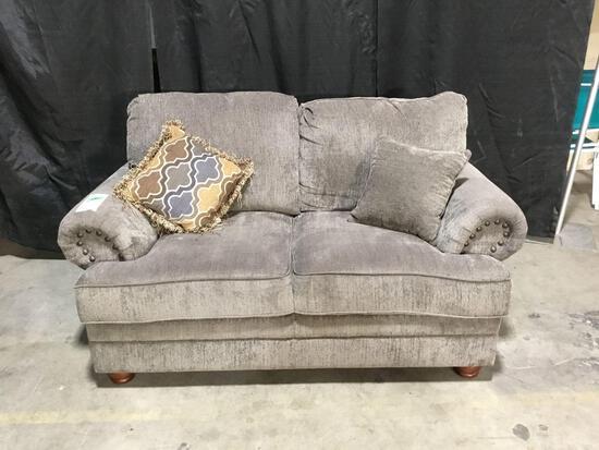 Coaster Grey Love Seat