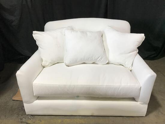 White Loveseat With Pillows
