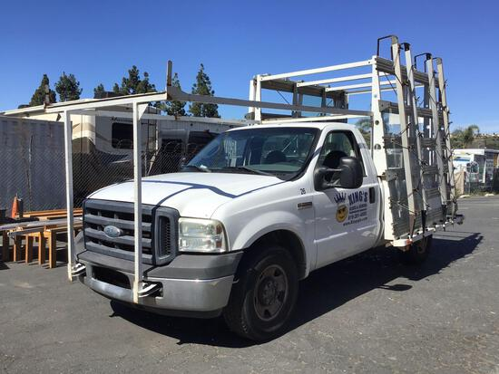 2006 Ford F-350 Super Duty Regular Cab with Outside Glass Racks