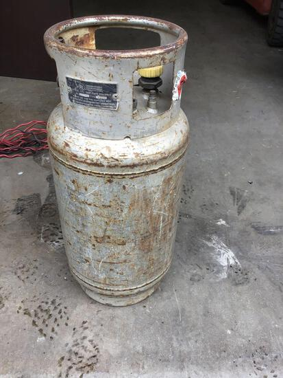Steel LPG Tank***UNKNOWN LEVEL OF CONTENTS***