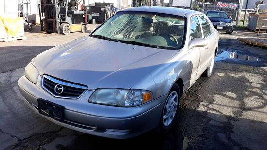 2002 Mazda 626***FOR DEALER OR EXPORT ONLY***STARTS RUNS AND DRIVES***