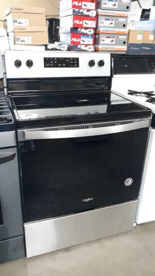 Whirlpool 5.3 cu. ft. Electric range with Frozen Bake Technology***NEW NEVER USED***
