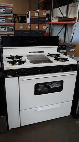 Premier 36 in. 3.91 cu. ft. Freestanding Gas Range with 5th Burner and Griddle Package***NEW NEVER