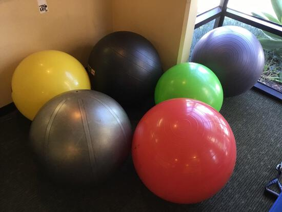 Lot of (6) Assorted Size Vinyl Inflatable Exercise Balls
