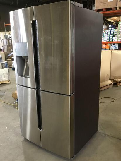Samsung 28.0 cu. ft. Fingerprint Resistant Stainless Steel French Door Refrigerator ***GETS COLD***