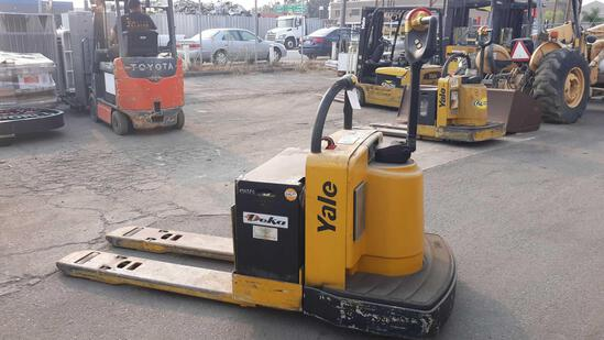 YALE 8,000lbs Capacity 24v Electric Walkie Pallet Jack***NOT TESTED BATTERY IS DEAD***
