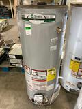 A.O. Smith Signature 40-Gallon Short 40000-BTU Natural Gas Water Heater
