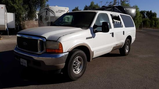2000 Ford Excursion Limited*FOR DEALER/DISMANTLER OR EXPORT ONLY SALVAGE CERTIFICATE*VEHICLE DRIVES*