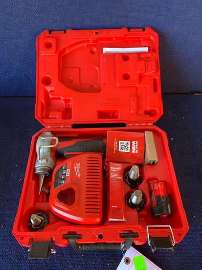 Milwaukee 12V Cordless ProPex Expansion Tool Kit*WORKS*