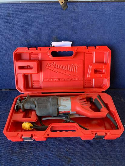 Milwaukee 120V 1-1/4in. Corded Super Sawzall Reciprocating Saw*WORKS*
