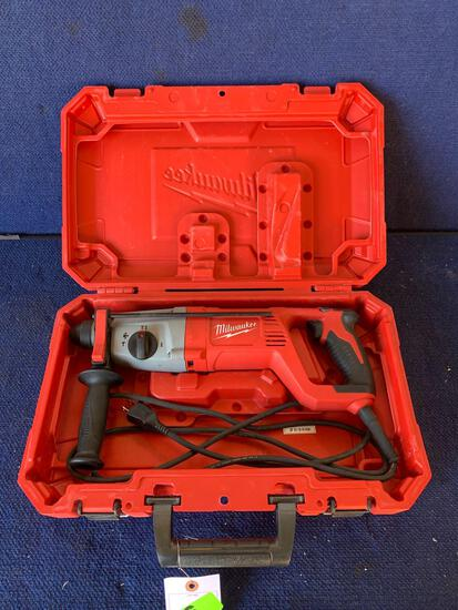 Milwaukee 120V 1in. Corded Rotary Hammer*WORKS*