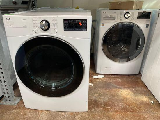 LG 7.4 cu. ft. Ultra Large Electric Dryer and 4.5 cu.ft. Washer*WASHER PREVIOUSLY INSTALLED*
