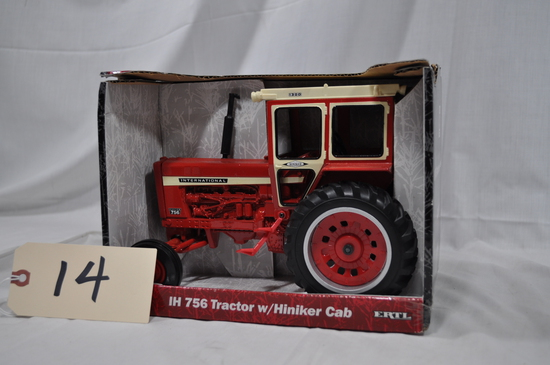 Ertl International Harvester 756 Tractor with Hiniker Cab - 1/16th scale
