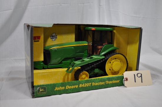 Ertl John Deere 8420T - 1/16th scale