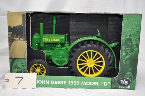 John Deere 1939 Model D - 1/8th Scale