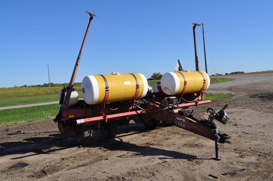 White Farm Equipment 5100 Seed Boss Corn Planter