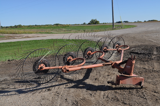 GD Windrow Rake - 3 point hitch - Missing some teeth