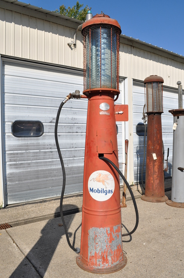 Gilbert and Barker 10 Gallon Visible Gas Pump With Mobilgas Sticker