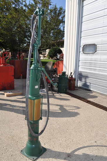 Curbside Pump - Green in Color