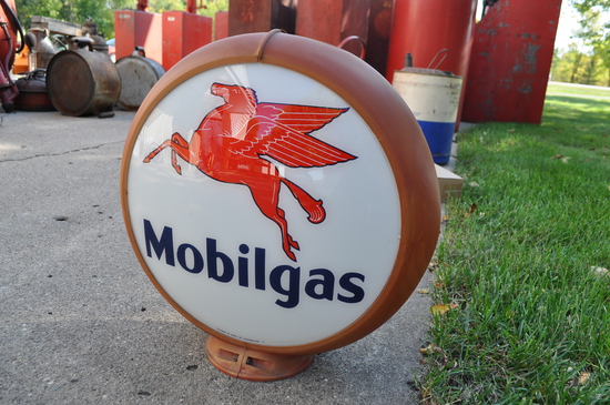 Mobilgas Globe - Reproduction