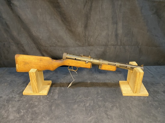 PPD 40 *Barrell not live* Sub-Machine Gun
