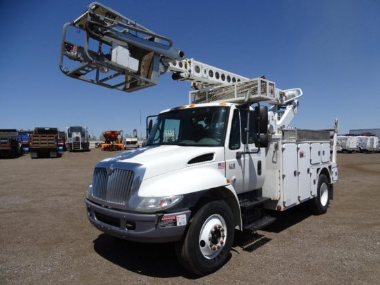 2006 INTERNATIONAL 4300 S/A Bucket Truck, DT466 Diesel, Automatic, Altec Model AT40C Boom, 36'