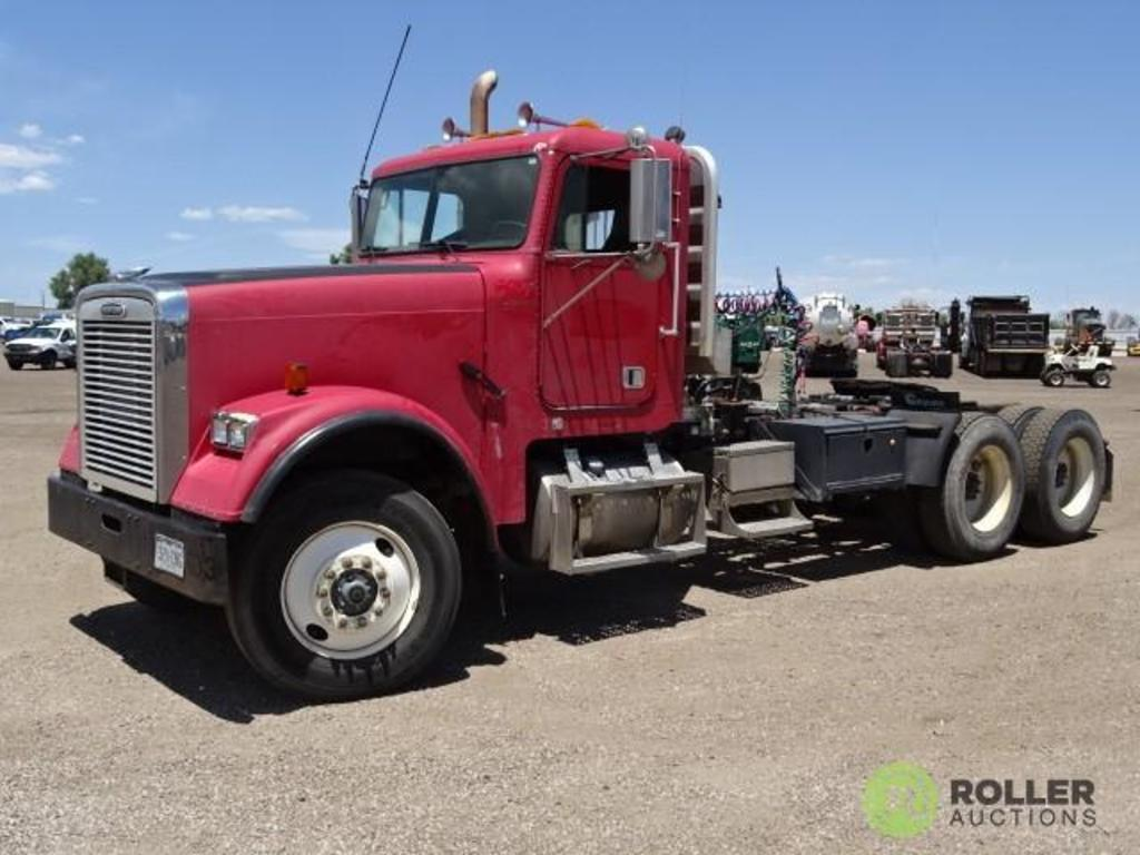 2001 FREIGHTLINER T/A Truck Tractor, Detroit Series 60 Diesel, 12.7L, 13-Speed Transmission, 4-Bag