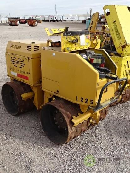 Wacker RT Walk-Behind Trench Compactor, Lombardini Diesel, 32in Double Drums, w/ Remote, Hour Meter