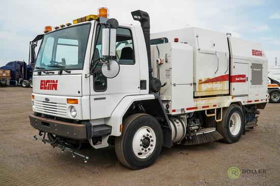 2007 ELGIN ROAD WIZARD Street Sweeper, Series W, Mounted on Sterling SC-8000 Chassis, Cummins Front