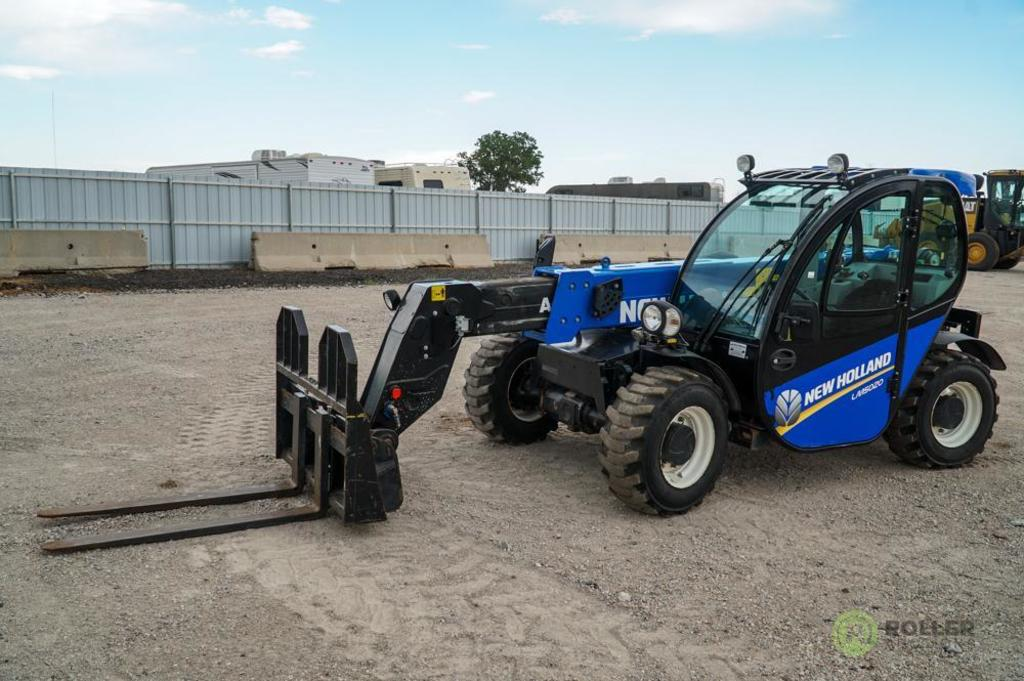 2013 New Holland LM5020 4WD Telescopic Forklift, Enclosed Cab w/ Heat & A/C, Auxiliary Hydraulics,