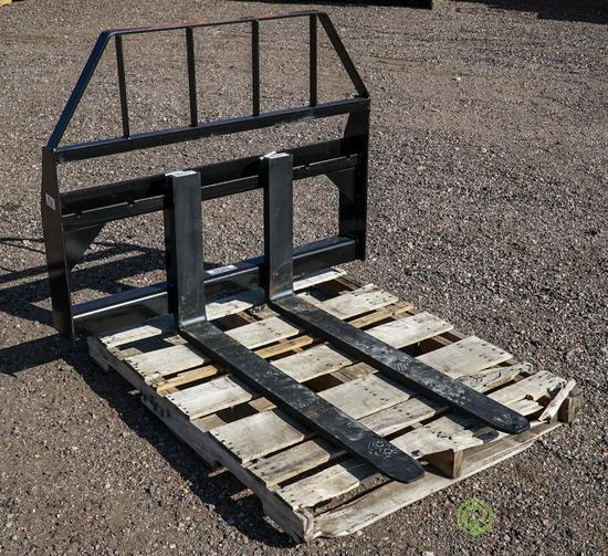 New 42in Pallet Fork Attachment To Fit Skid Steer Loader, 3500 LB Capacity