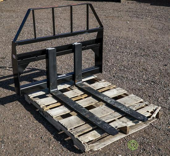 New Kival 42in Pallet Fork Attachment To Fit Skid Steer Loader, 3500 LB Capacity