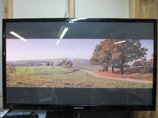 "51"" Samsung Plasma Tv W/Remote Local Pickup Only Con 75"