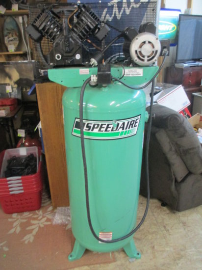 Speedair 60 gallon Air Compressor 230V like new Local Pickup Only con 311