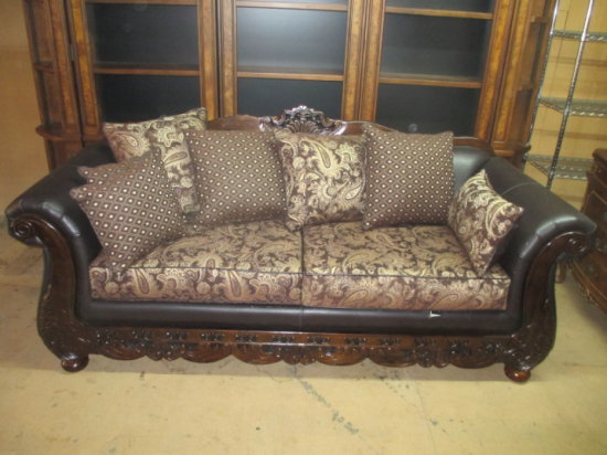 Leather Sofa - Has Small Tear -> Will not be Shipped! <- con 550