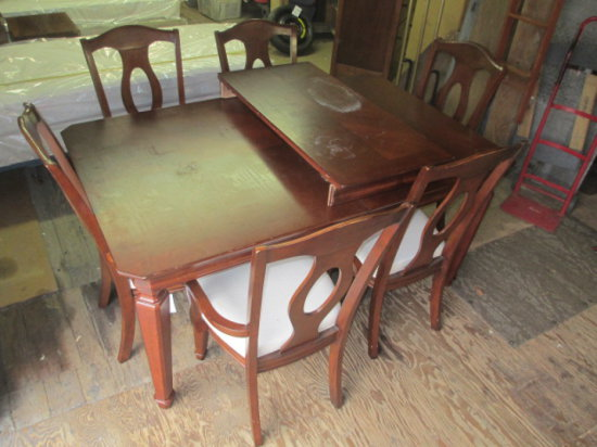 Mahogany Table with Leaf and 6 Chairs -> Will not be Shipped! <- con 550