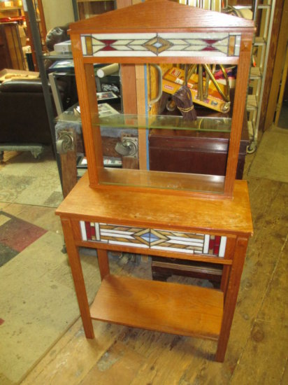 End table and lighted Stained Glass shelf unit -> Will not be Shipped! <- con 305