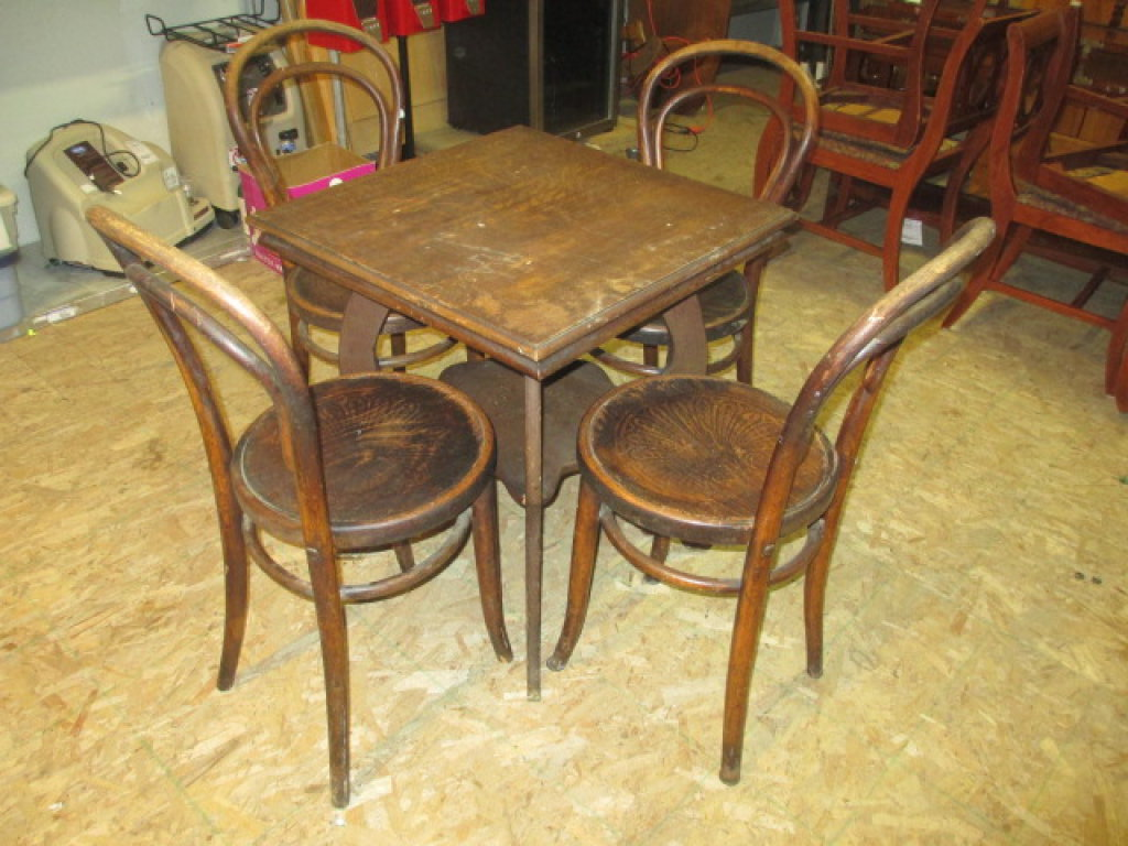Small Wooden Table With 4 Matching Chairs