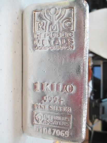 1 Kilo .999 Fine Silver Bar 35.27 Ounces - con 200