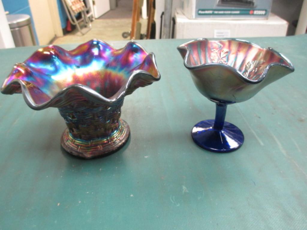 Two Carnival Glass Pieces con 635