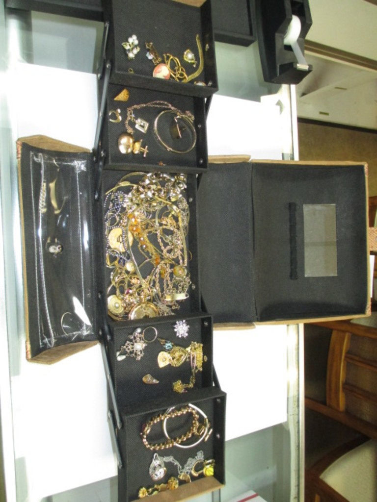 Estate Furnishings and Collectible Auction 6/1