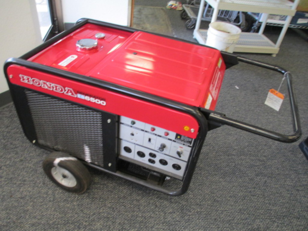 Honda ES6500 Generator Electric Start Fluid Cooled - Works - Will not be shipped - con 317