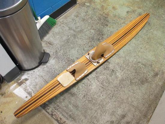 Single Wood Ski - Will NOT be Shipped - con 833