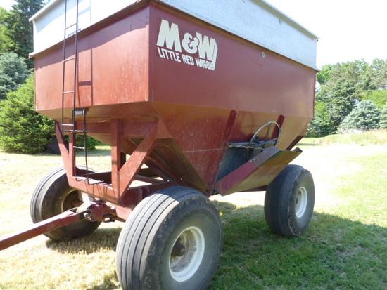 M&W 350 Gravity Wagon