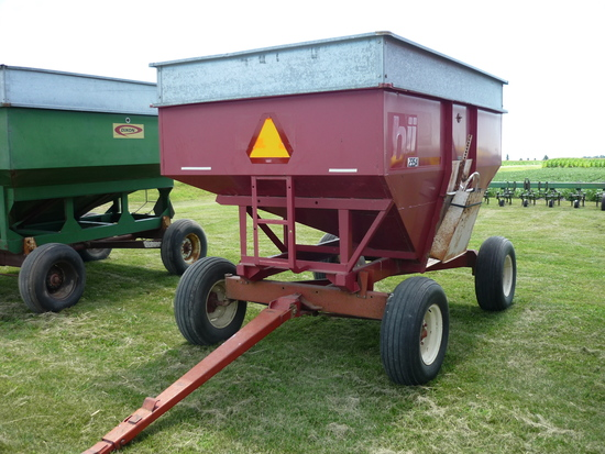 Bradford 235 Bushel Wagon