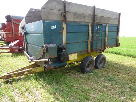 S&H Tandem Axle Feeder Wagon